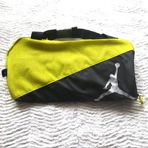 Nike Jordan Elemental Medium Duffle Gym Bag